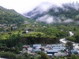 Lachung Tour Packages