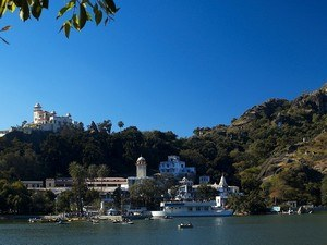 Mount-Abu Tour Packages