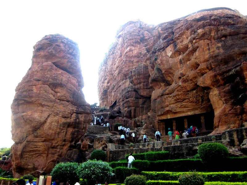 150 popular tourist places to visit in karnataka
