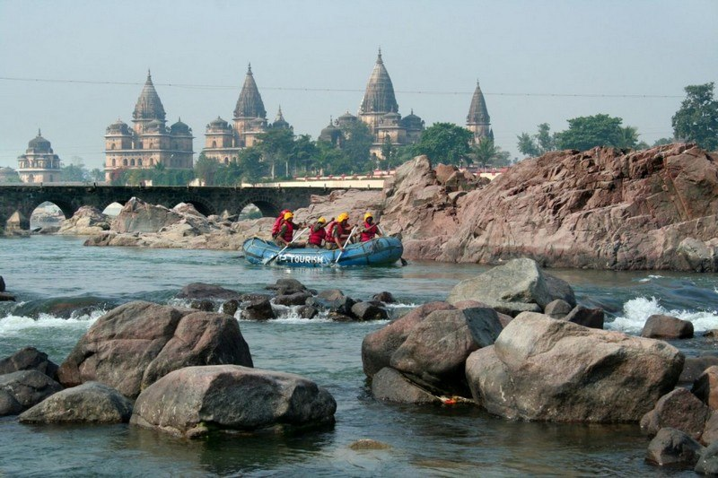 Rafting In Orchha