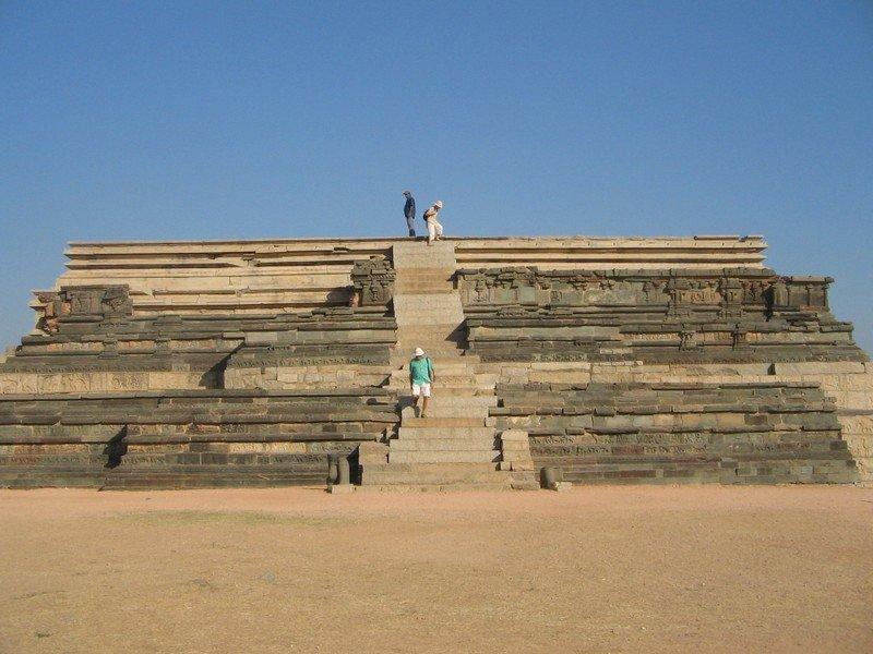Mahanavami Dibba / Dasara Dibba, Hampi - Timings, History, Best time to visit
