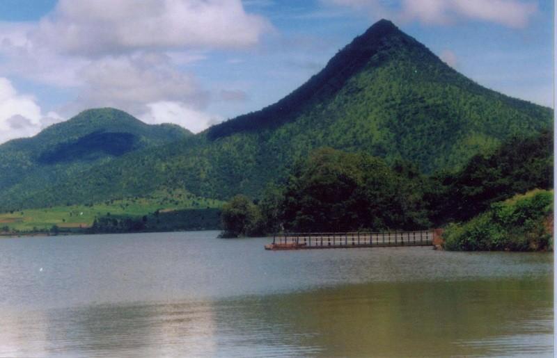 Kemmanagundi Top Tourist Places To Visit In Kemmangundi