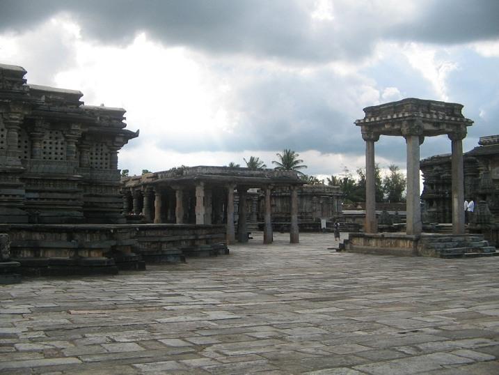 150 popular tourist places to visit in karnataka