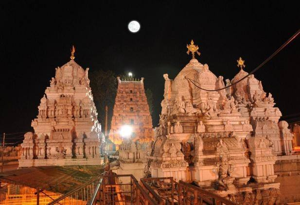 Vemulawada|Raja Rajeshwara Swamy Temple|Places to Visit