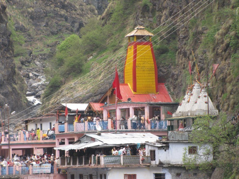 Yamunotri | Yamunotri Yatra | Places to Visit & Tour Packages
