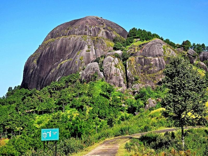 Kyllang Rock Honeymoon Destination in Meghalaya