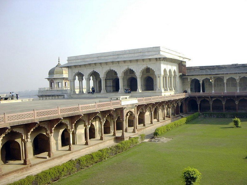 Diwan i khas agra fort agra for Diwan i khas agra fort