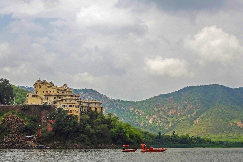 Siliserh Lake & Palace