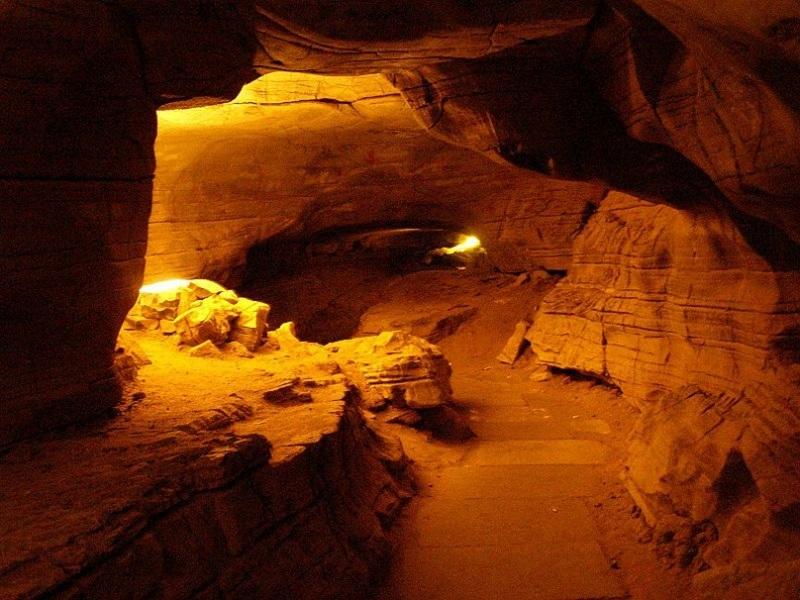 Belum-Caves, Andhra Pradesh
