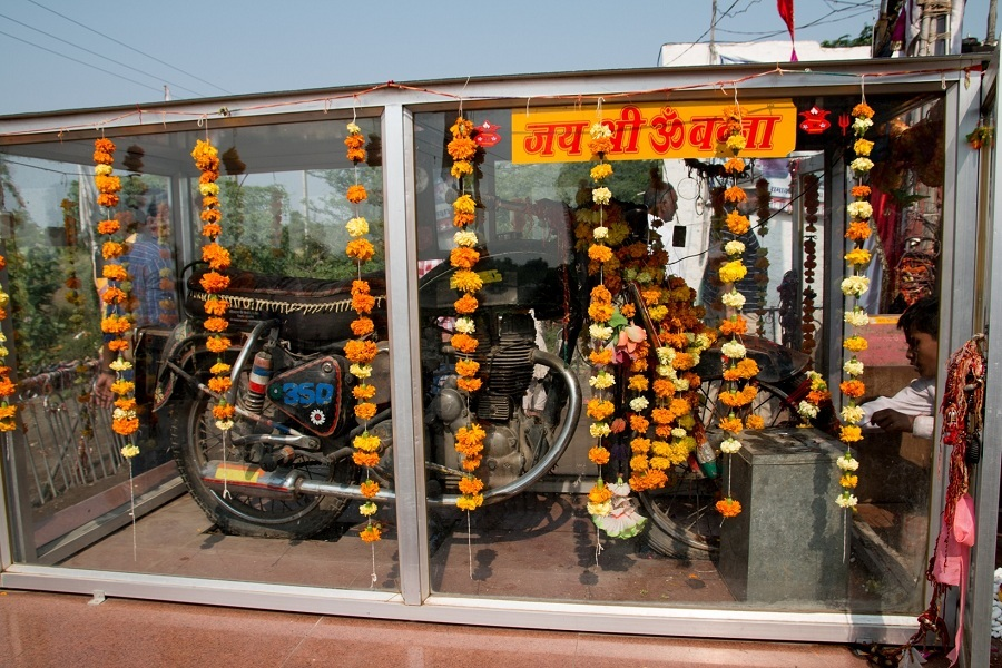 Bullet_Baba_Temple