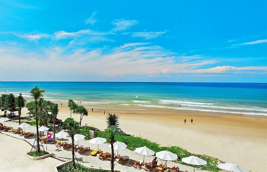 Karon_Beach