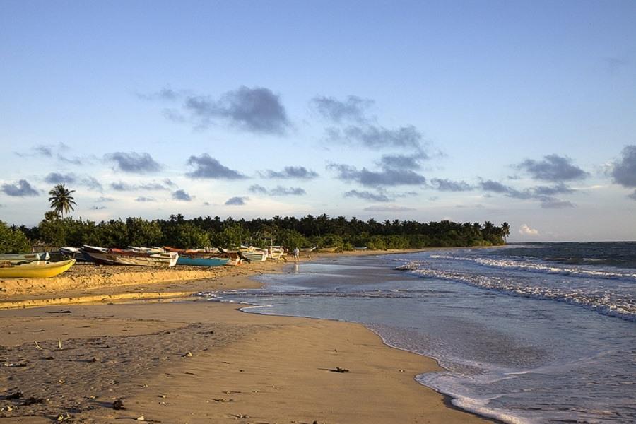 Passekudah_Beach