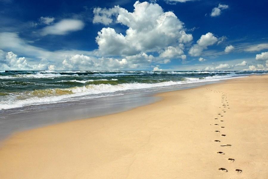 Thaikadappuram Beach