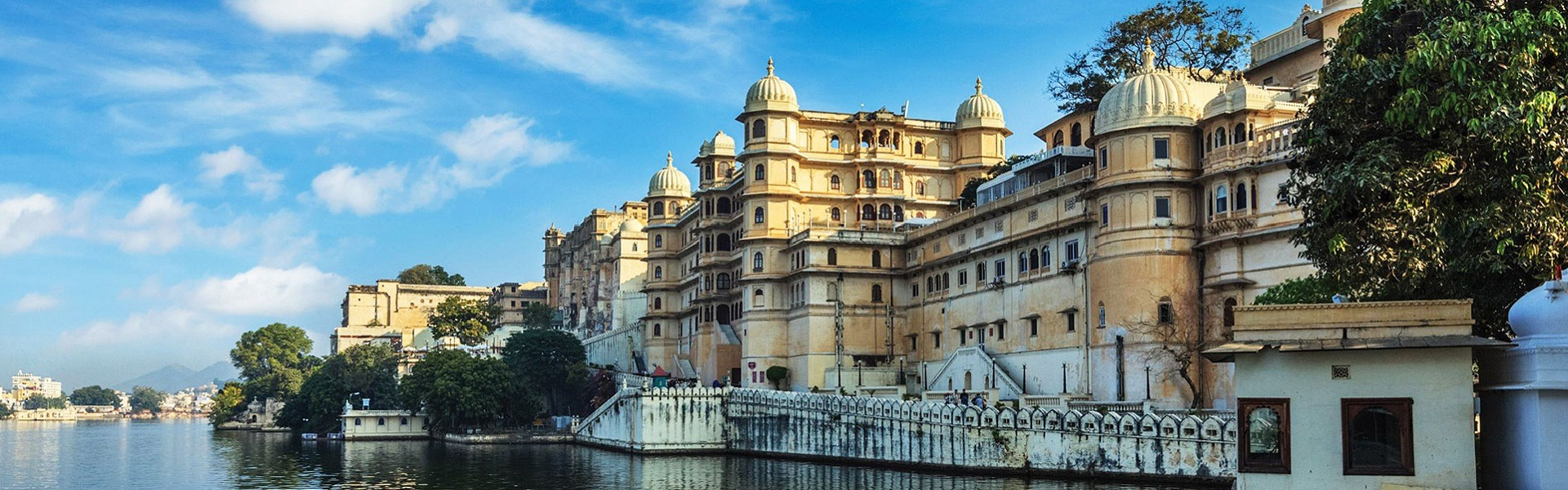 12 Stunning Places to Visit in July in India